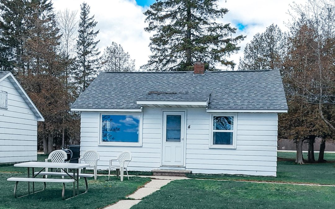 Lindberg's Cove Resort Cottage #4